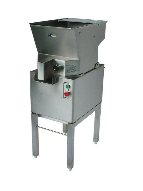 Bold Stainless Steel R1 Chipper